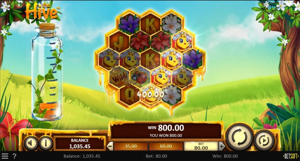 The Hive Pokie by BetSoft at Ducky Luck Casino